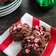 Candy Cane No-Bake Cookies - A 15-minute holiday cookie, no baking experience needed! | foxeslovelemons.com