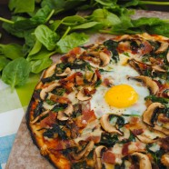 Farm to Table Egg Pizza - A grilled pizza with bacon, mushrooms, spinach and an egg on top! | foxeslovelemons.com