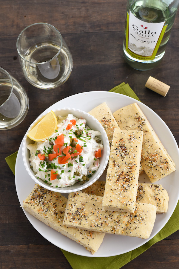 Everything Bagel Breadsticks with Smoked Salmon Dip - A party-perfect take on a breakfast classic! | foxeslovelemons.com
